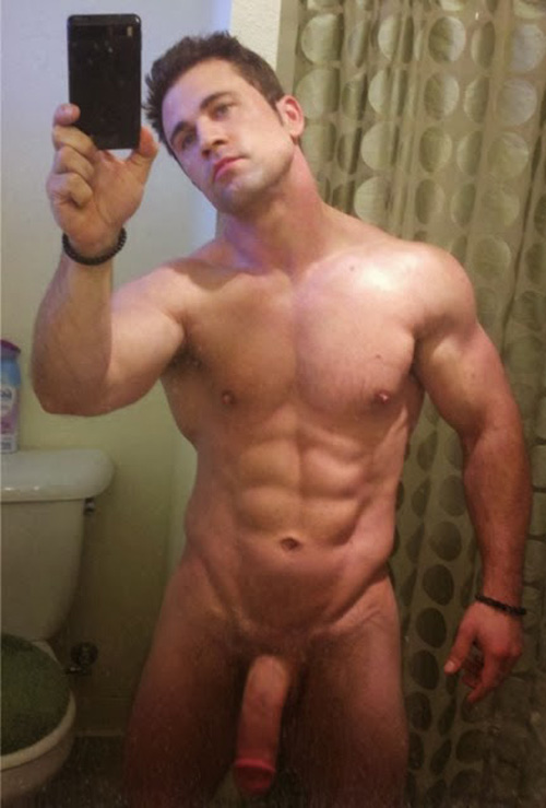 Naked guy selfie nude