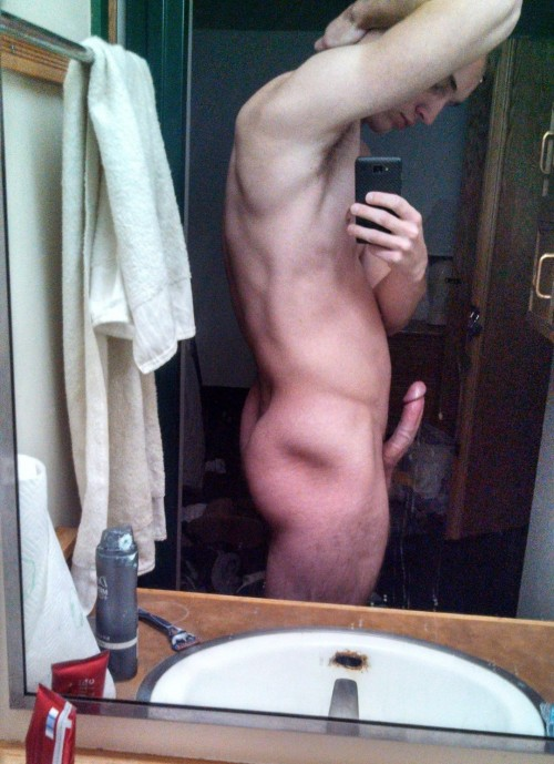 Naked Guy Selfie 10